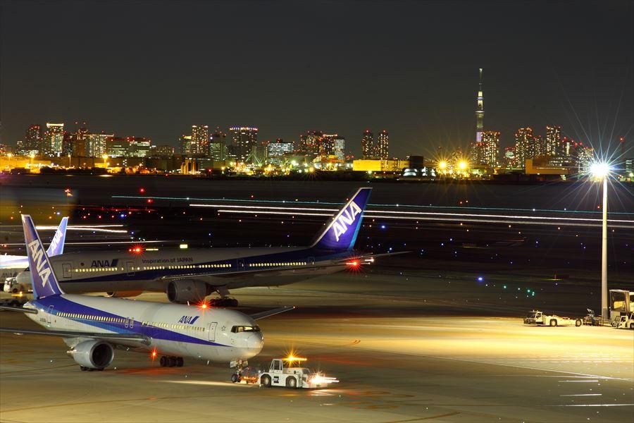 羽田空港 第2ターミナルの夜景